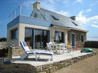 maison louer en bretagne visite de la maison cl der face la mer. Black Bedroom Furniture Sets. Home Design Ideas